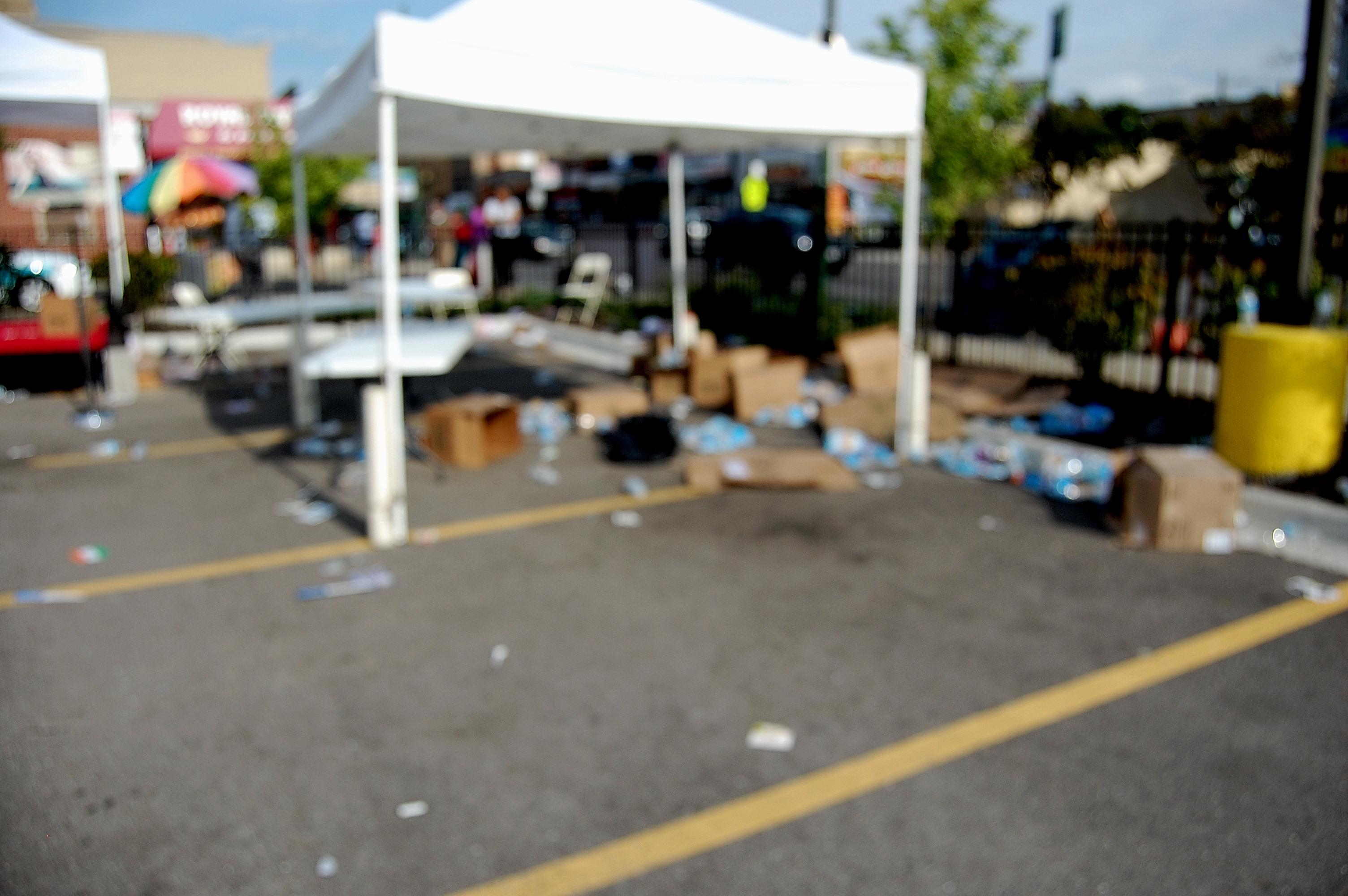 str8 parking lot dumpster dude